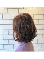 アルマヘアー(Alma hair by murasaki)ピンクベージュのボブ