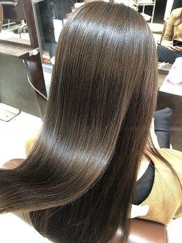 フレアジェネラス(FLEAR generous)の写真/一押しのトリートメントは『varijoie(ヴァリジョア)!』空洞化した髪を修復し、ハリ・コシUPの艶髪へ☆