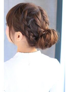 サイド編み込みヘアアレンジ ヘアースタジオ ティアラ Hair Studio Tiara編み込みアップまとめ髪