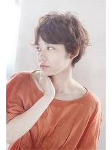 モッズ ヘア 横浜西口店(mod's hair)フェミニンショート 【IDENTITES 2001-2002A/W】