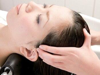 ヘアメイク ブーケ(HAIR MAKE Bouquet)の写真/【橋本駅スグ★】高濃度炭酸ヘッドスパ無料クーポンが大好評☆頭皮の汚れをスッキリ落とし健康な髪へ♪