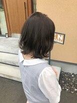 ケースタイル (K style)アッシュグレー×外ハネロブ