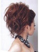 盛り髪(盛りヘア)のポンパで盛り髪☆画像