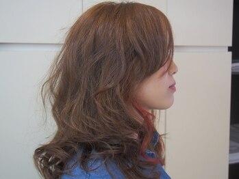 """ヘアメイク ジェネシス(hair make Genesis)の写真/""""ミルボンクリスタルカラー"""" グレイカラーでも美しく明るい色味を楽しめる♪ 上品な大人カラーが叶う◎"""