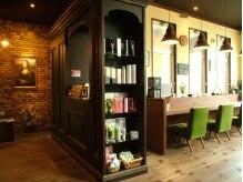 ジェリーベリー ヘアスタイル カウンシル(JELLY BELLY Hair Style Council)の雰囲気(カフェスペースで美味しいコーヒー等を楽しんでください。)