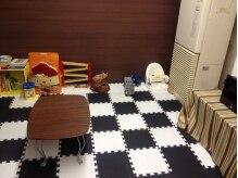 美容室ゲバラ(GUEVARA)の雰囲気(キッズスペース有り。お子様連れでも安心です。)