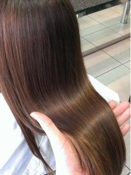 ファイブヘアーブティック(FIVE HairBoutique)の写真/【圧倒的なリピート率!】CMCをベースに24工程超、11種類以上の栄養素を使って徹底修復★☆!!