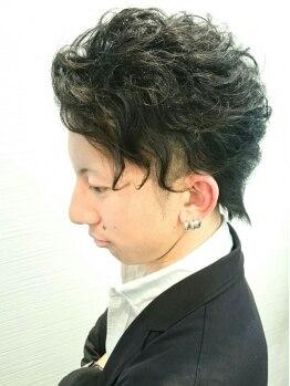 ヘア デザイン ルナ(Hair Design Luna)の写真/メンズもカットだけじゃなく,プラスmenuで髪を遊ばせられる!オススメのポイントパーマでトレンドStyleに◎
