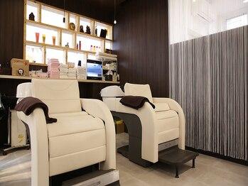 ヘアサロンカルア(Hair salon KARUA)の写真/[旧市役所跡地の隣◆]美髪を育てる為には月1~で頭皮エステが効果的◎極上のリラックスタイムを!