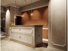 グロッソ 新宿店(GROSSO shinjuku)の雰囲気(ドアを開けたらアンティーク調の大きなレセプション☆)