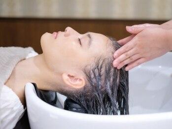 グロウアカバネ バイアンジュ(GLOW AKABANE by Ange)の写真/バージョンアップした小顔整頭術!骨格バランスを整え育毛促進~エイジングなどの美容効果も◎