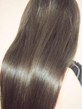 """カラーバー(Color Bar)の写真/【全体カラー+コラーゲンケア+保湿うる艶Tr¥3200】いつまでも理想の色を""""美髪""""で。手触りさえも思い通りに!"""