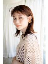 マグノリア オモテサンドウ(MAGNOLiA Omotesando)前髪パーマでもっと可愛く!シンプル外ハネミディ・・・HINATA