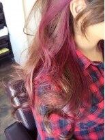 アリア トータルビューティー(Aria total beauty)ピンクインナーカラー