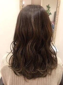 クレア(CREA)の写真/【豊富なトリートメントメニュー】×【ダメージレスにこだわったカラー・パーマ】で美しく健康な髪の毛に☆