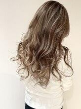 ヘアー デザイン グランツ(Hair Design Glanz)White grayge highlight