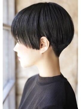 カライング(ing)20代30代40代50代大人可愛いひし形丸み絶壁解消ショート黒髪