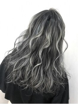 マテリアル(material)の写真/【material】憧れの髪色を叶えるなら東京のトップサロンでの修行経験もあるスタイリストにおまかせ!