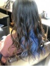 ヘアーメイク ララ(HAIR MAKE LALA)インナーカラー ブルー