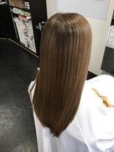 リーフ(Leaf)髪質改善ヘアカラー・サラツヤロング