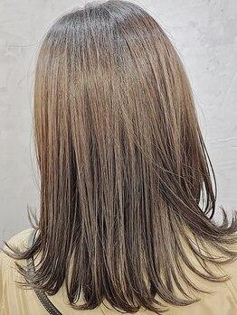ツリー(Tree. Hair & Spa)の写真/クセ毛やうねりも髪質改善!ケラチントリートメントで広がりやクセを整え、毎日のスタイリングが楽になる☆