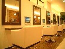 美容室 エスト(EST)の雰囲気(この椅子☆長時間座っていてもゆったりできる!)