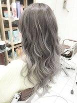 ホワイトアッシュベージュ3Dカラー☆ブリーチWカラーモード