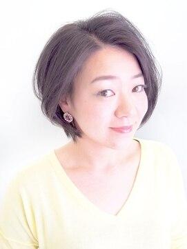 ミチ(michi)大人ショートボブ&ハイライトカラー