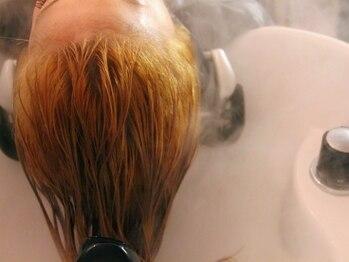ペルソナ(hair salon Persona)の写真/日頃のストレスの解消に最適なヘッドスパは《persona》で決まり!隠れ家的サロンでリラックス♪