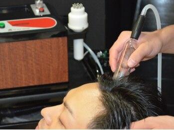 エイムヘアーフォーメン(Aim hair for men)の写真/毎日のシャンプーだけでは、落としきれない汚れも【真空吸引】ヘッドスパでスッキリ!!