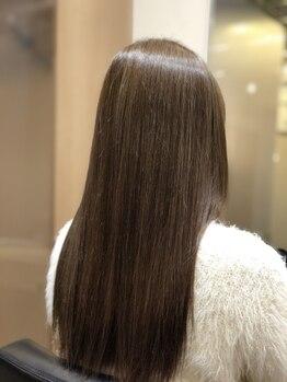 リベルタエルプラス(LIBERTA L+)の写真/『輝髪ストリートメント』導入☆髪質を改善しながら、よりナチュラルな仕上がりに♪