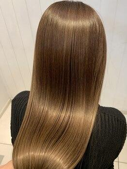 イズム 北千住店(ISM)の写真/酸熱トリートメントで今までにないツヤ髪体験♪夏本番!周りから褒めれらる髪でワンランク上の貴方に…☆