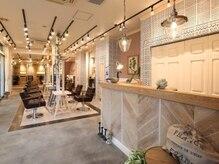 オーブ ヘアー ミュウ 光の森 熊本2号店(AUBE HAIR meu)の雰囲気(開放感のある明るい店内で、くつろぎの時間をお過ごしください。)