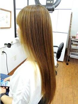 スタジオ ティーウェーブ(S.T.WAVE)の写真/「髪がパサつく」「毛先に向かって細くてまとまりにくい」「ヘアカラーで髪が固い」とお困りの方へ!