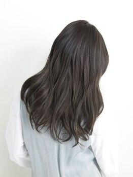 """ピエールヘアーマーケット(Pierre Hair Market)の写真/透明感のある艶やかな色味を持続してくれる《資生堂アルティストカラー》☆""""ダメージレス""""が人気の秘訣。"""