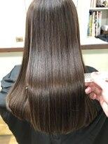 ファミーユ(famille)髪質改善プレミアム+美髪モイスチャーカラー◎