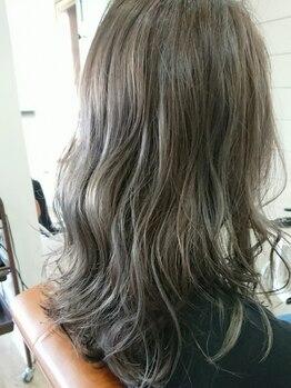 ヘアアンドメイク ランタナ(hair&make Lantana)の写真/学生、ショップ店員からの厚い支持多数!ハイクオリティ技術でどんなカラーも思いのままに実現できる★