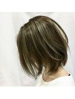 アーティカルヘア(ARTICAL HAIR)【アーティカル】外国人風ロブグレージュ
