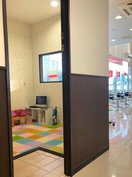 イントウキョウ 盛岡店(IN TOKYO)の写真/《キッズスペースあり》ママもお子さまも嬉しいサービス満載!家族みんなで利用出来るアットホームサロン♪