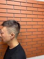 バーバーズ ネオ グリコ(barber's neo glico)フェード、ブリーチ、6トーンシルバー