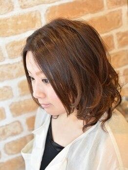 キュアリスタ ヘア ラボラトリー(Curelista Hair Laboratory)の写真/≪ダメージレスにこだわりあり◎≫潤い満ちた艶髪へ♪髪質や状態に合わせたオーダーメイドの施術をご提供*