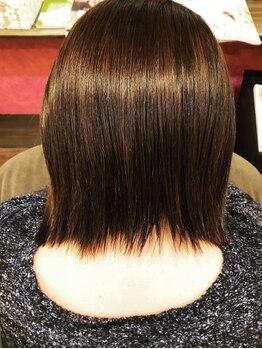 ファボリ(Favori)の写真/《大人女性の為の本格髪質改善サロン》クセやうねりでお悩みの方必見!圧倒的な効果実感でリピーター続出◎