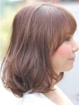 グロウ(glow)の写真/「パ-マ時の髪の傷みは仕方ない」…?glowで理想のスタイル・ダメ-ジレスヘアを同時に叶えてみませんか?