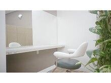 イチゴ ICH GO 武蔵新城店の雰囲気(ベビーカーを隣に置いて施術できる半個室)