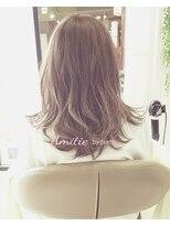 アンティエバイプレッティ(Amitie by pretty)イルミナベージュ×ハイライト