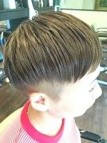 フェリーク ヘアサロン(Feerique hair salon)周りを刈り上げたツーブロックベリーショート