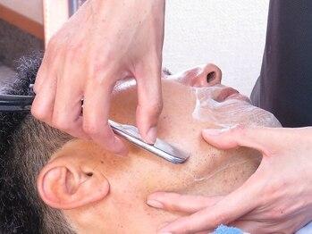 髪工房 M2の写真/【新規/カット+シェービング¥3000】 思わず眠ってしまう心地よさ。刃あたりの柔らかい丁寧な施術が大人気
