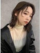 イトシテ【 ミディアムレイヤー × ベージュブラウン 】浅野美紀