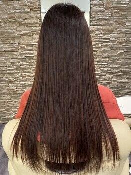 ブルーム(BLOOM)の写真/一人ひとりの髪質やお悩みに合わせた貴方だけのオーダーメイドの薬剤でうるつやヘアに..☆触れたくなる髪へ
