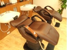 ヘアデザイン アーチ(hair design arch)の雰囲気(負担のかかりにくいシャンプー台。)